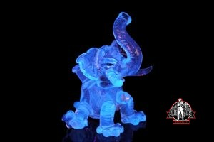 Domino Elephant UV w/ Blue V